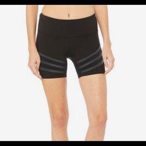 Alo yoga Vera shorts black Medium